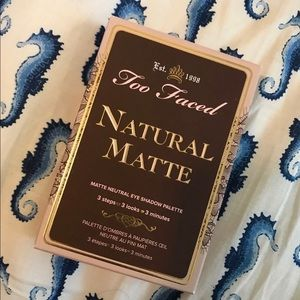Too Faced Makeup - Too Faced Natural Matte palette